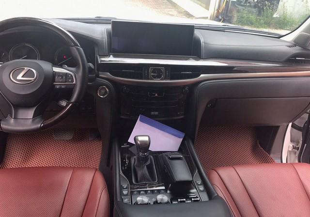 Chuyên cơ mặt đất Lexus LX570 2016 đi lướt giá rẻ hơn gần 2 tỷ so với mua mới - Ảnh 5.