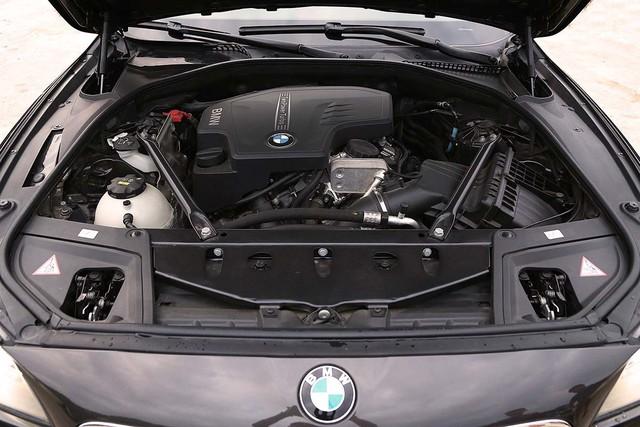 Lăn bánh gần 13.000km, BMW 520i 2016 mất giá hơn 600 triệu đồng - Ảnh 12.