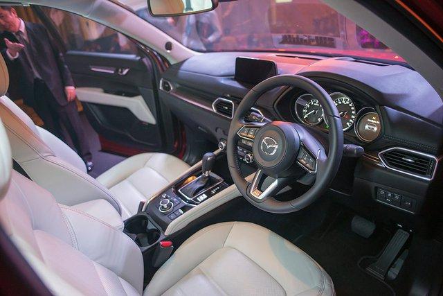 Mazda CX-5 2017 bất ngờ ra mắt Đông Nam Á với giá chát - Ảnh 7.