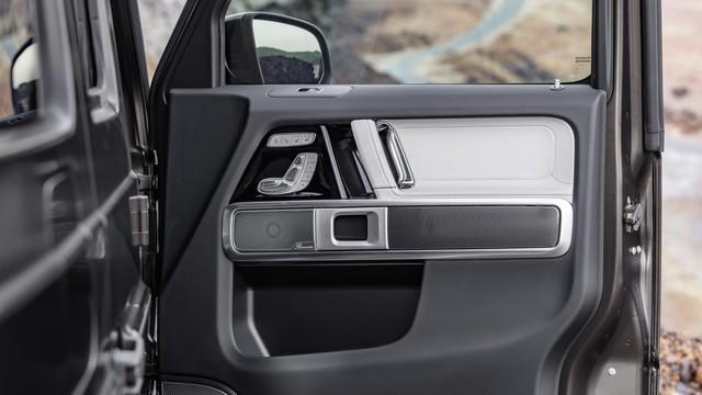 5 điểm thú vị nhất trong nội thất của Mercedes-Benz G-Class 2019 - Ảnh 2.