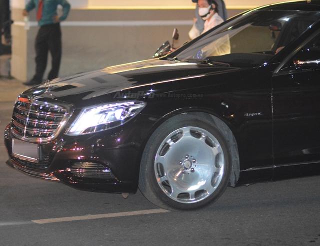 Dàn xe siêu sang Mercedes-Maybach S600 tháp tùng đại gia đến dự đám cưới Hoa hậu Việt Nam 2012 - Ảnh 7.