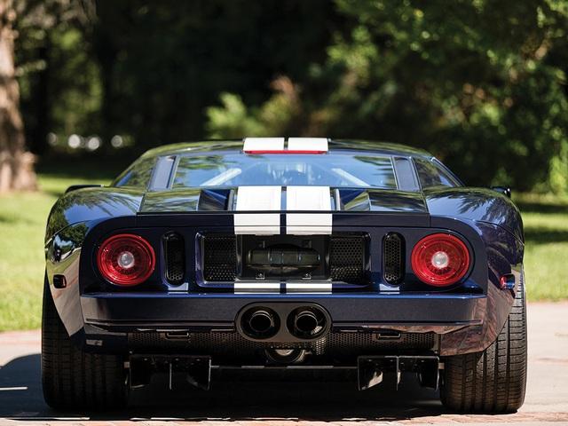 Vẻ đẹp vượt thời gian của chiếc Ford GT 11 tuổi chuẩn bị đấu giá - Ảnh 5.