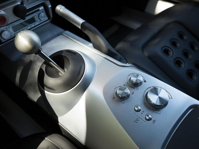 Vẻ đẹp vượt thời gian của chiếc Ford GT 11 tuổi chuẩn bị đấu giá - Ảnh 13.
