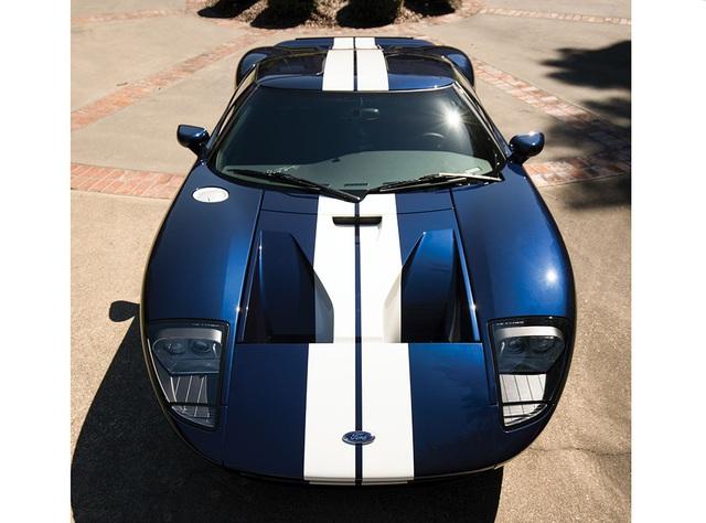 Vẻ đẹp vượt thời gian của chiếc Ford GT 11 tuổi chuẩn bị đấu giá - Ảnh 7.