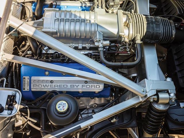 Vẻ đẹp vượt thời gian của chiếc Ford GT 11 tuổi chuẩn bị đấu giá - Ảnh 12.