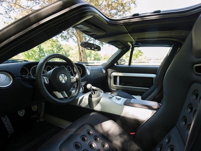 Vẻ đẹp vượt thời gian của chiếc Ford GT 11 tuổi chuẩn bị đấu giá - Ảnh 10.