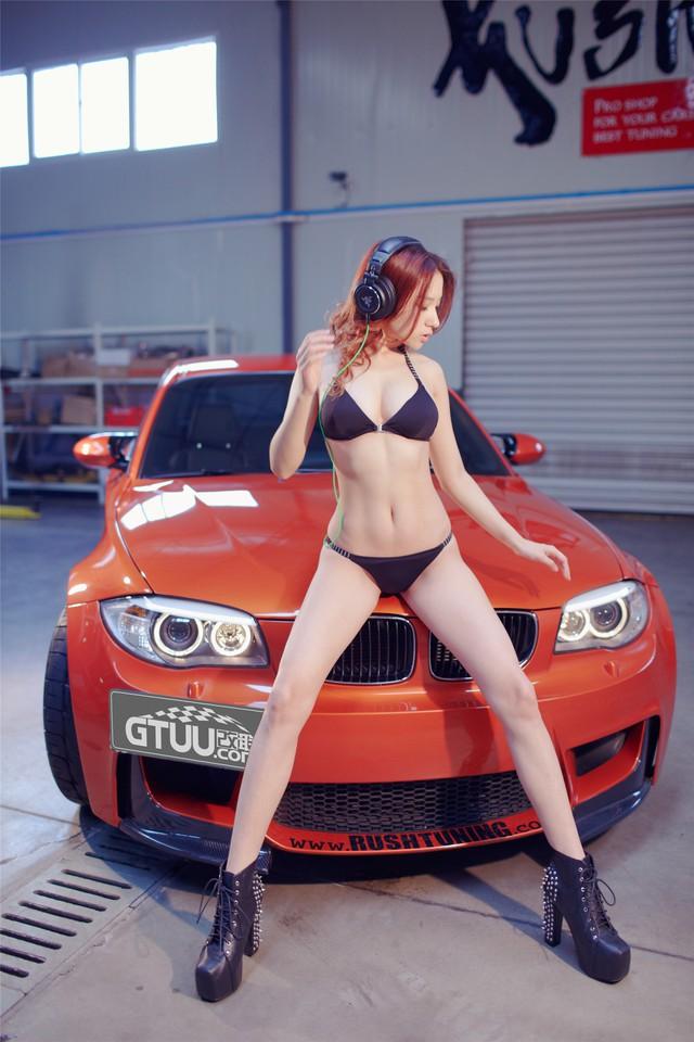 Cô nàng da sáng, dáng xinh bên BMW M-series - Ảnh 3.