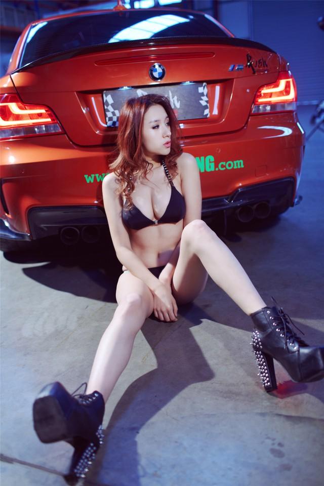 Cô nàng da sáng, dáng xinh bên BMW M-series - Ảnh 13.