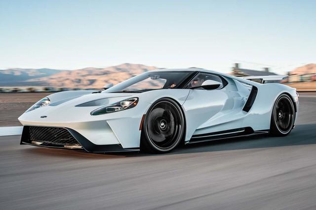 Nếu muốn sơn siêu xe Ford GT 2017 theo ý muốn, khách hàng phải chi hơn 600 triệu Đồng - Ảnh 1.
