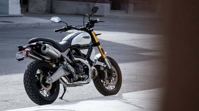 """Ducati Scrambler 1100 bất ngờ """"hiện nguyên hình"""" trước ngày ra mắt"""