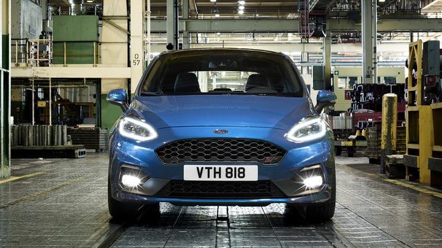 Phiên bản hiệu suất cao của Ford Fiesta trình làng - Ảnh 4.