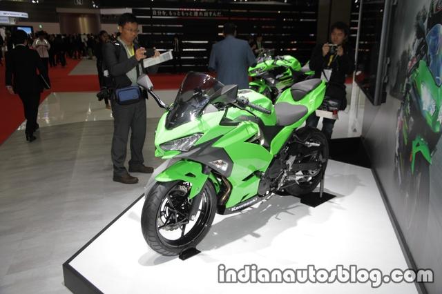 Kawasaki Ninja 250 2018 trình làng với thiết kế hoàn toàn mới, động cơ mạnh hơn - Ảnh 1.