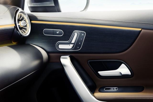 Nội thất Mercedes-Benz A-Class mới tái hiện thiết kế của xe sang S-Class - Ảnh 5.