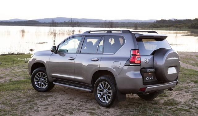 Cùng tầm tiền, chọn Toyota Land Cruiser Prado hay Ford Explorer? - Ảnh 7.