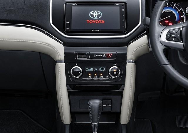 Toyota Rush 2018 - tiểu Fortuner chính thức ra mắt - Ảnh 2.