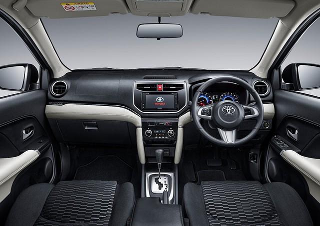 Toyota Rush 2018 - tiểu Fortuner chính thức ra mắt - Ảnh 8.