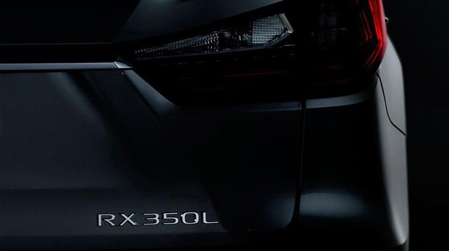 Lexus RX 7 chỗ sẽ ra mắt vào cuối tháng này