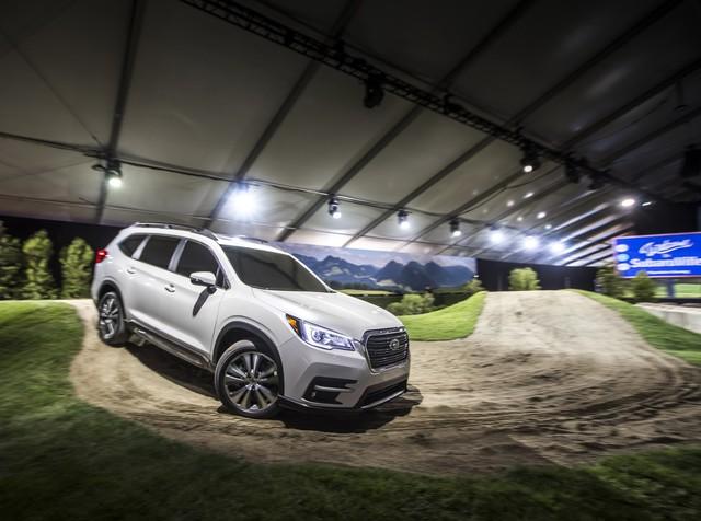 Cạnh tranh Ford Explorer và Toyota Highlander, Subaru quay trở lại phân khúc SUV 7 chỗ - Ảnh 5.