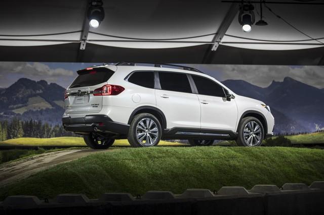 Cạnh tranh Ford Explorer và Toyota Highlander, Subaru quay trở lại phân khúc SUV 7 chỗ - Ảnh 4.