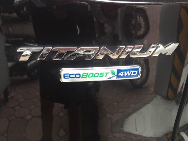 Ford Escape gây bão dư luận có giá 1,2 tỷ Đồng tại Việt Nam - Ảnh 4.