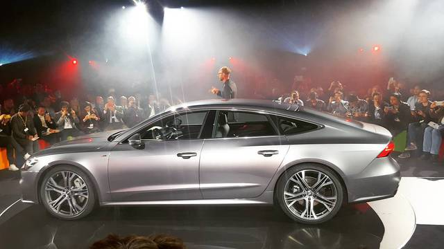 Chiêm ngưỡng vẻ đẹp bằng xương, bằng thịt của xe sang Audi A7 Sportback 2018 mới ra mắt - Ảnh 2.