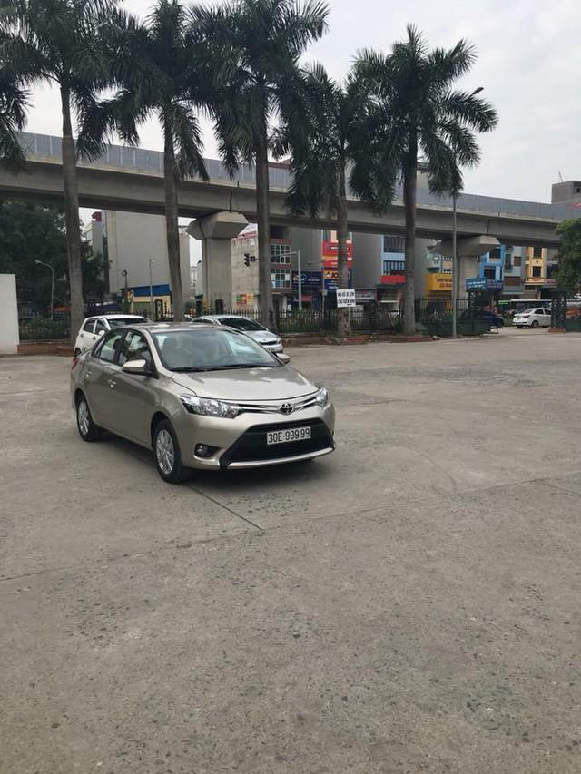 Toyota Vios mang biển ngũ quý 9 gây xôn xao tại Hà Nội - Ảnh 1.