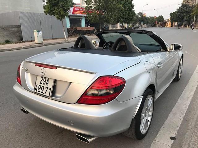 Xe mui trần Mercedes SLK 200 đi hơn 20.000 km rao bán lại chỉ 800 triệu đồng - Ảnh 9.