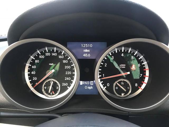 Xe mui trần Mercedes SLK 200 đi hơn 20.000 km rao bán lại chỉ 800 triệu đồng - Ảnh 7.