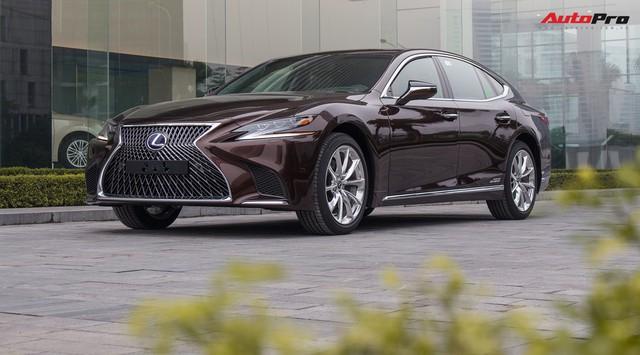 Lexus bán xe hybrid chính hãng đầu tiên Việt Nam - Ảnh 1.