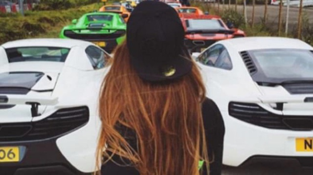 """Hội con nhà giàu Hồng Kông khoe siêu xe khiến nhiều người """"phát hờn"""""""