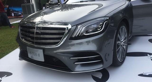 Mercedes S-Class 2018 ra mắt thị trường Đông Nam Á, giá từ 234.500 USD - Ảnh 2.