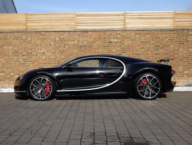 Vẻ đẹp của siêu phẩm Bugatti Chiron đầu tiên rao bán tại Anh - Ảnh 5.