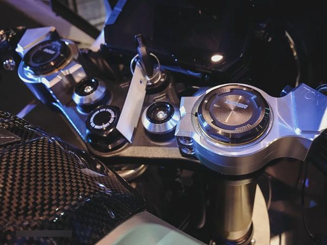 Cận cảnh phiên bản độ chính hãng của naked bike Honda CB150R ExMotion - Ảnh 6.