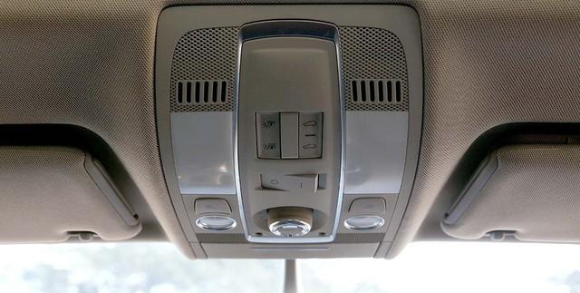 SUV hạng sang Audi Q7 sau 7 năm sử dụng giá ngang Toyota Fortuner mới - Ảnh 13.