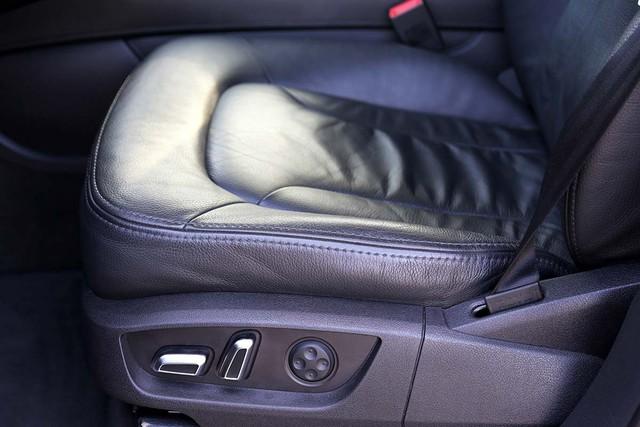 SUV hạng sang Audi Q7 sau 7 năm sử dụng giá ngang Toyota Fortuner mới - Ảnh 12.