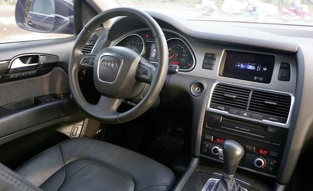 SUV hạng sang Audi Q7 sau 7 năm sử dụng giá ngang Toyota Fortuner mới - Ảnh 4.