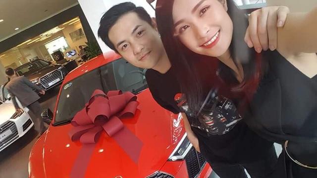 Đông Nhi - Ông Cao Thắng mua siêu xe Audi R8 V10 Plus 2016 chơi Tết