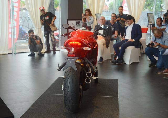 Cận cảnh Ducati SuperSport 2017 phiên bản S có giá 571 triệu Đồng - Ảnh 12.