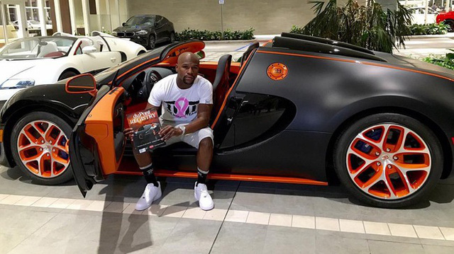 Bugatti Veyron Grand Sport Vitesse của Floyd Mayweather tìm thấy chủ nhân mới, giá từ 53 tỷ Đồng
