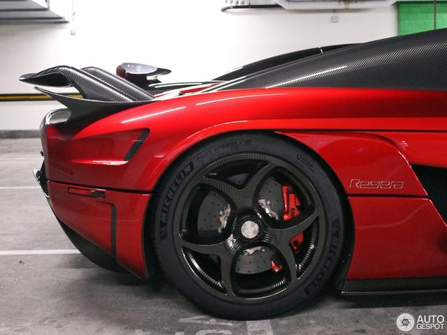Lần đầu bắt gặp siêu xe không hộp số Koenigsegg Regera ngoài đời thực - Ảnh 9.