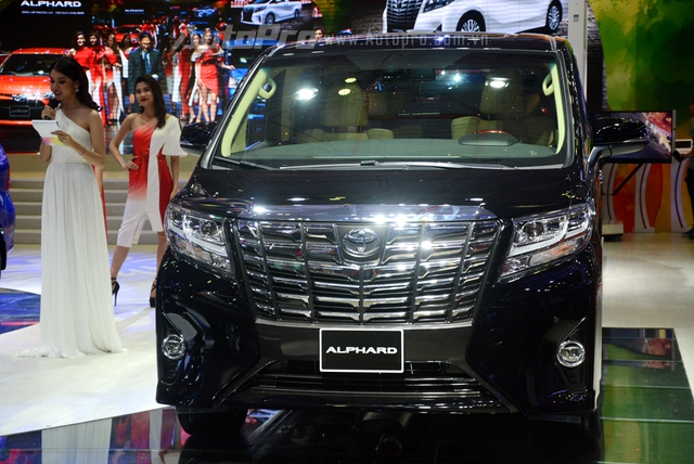 Chi tiết chuyên cơ mặt đất Toyota Alphard phân phối chính hãng 3,533 tỷ Đồng - Ảnh 1.