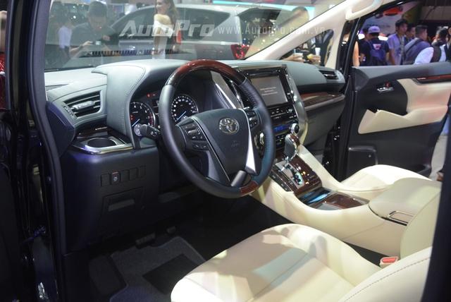 Chi tiết chuyên cơ mặt đất Toyota Alphard phân phối chính hãng 3,533 tỷ Đồng - Ảnh 10.