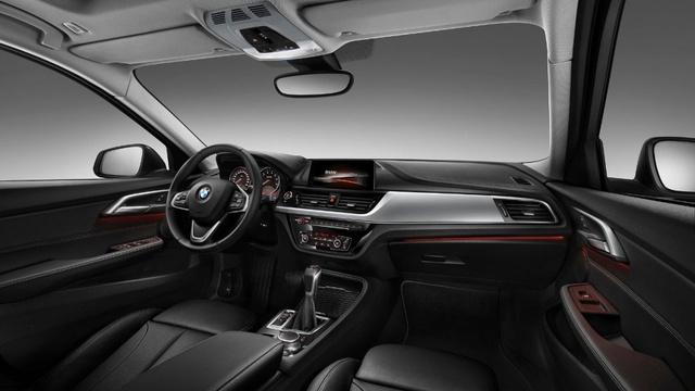 BMW 1-Series Sedan bắt đầu được bày bán, đắt hơn dự đoán - Ảnh 15.