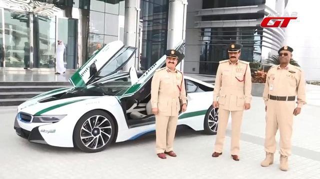 Cảnh sát Dubai tậu xe điện BMW i3 - Ảnh 7.