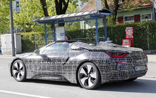 Phiên bản mui trần của hàng hot BMW i8 tại thị trường Việt Nam dự kiến sẽ ra mắt vào tháng 11 - Ảnh 7.