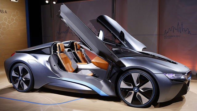 Chốt lịch ra mắt xe mui trần BMW i8 Roadster