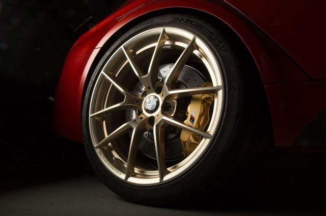 Làm quen với chiếc BMW M3 có một không hai với màu sơn đỏ nhám lạ mắt - Ảnh 5.