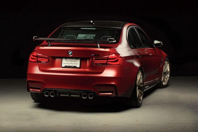 Làm quen với chiếc BMW M3 có một không hai với màu sơn đỏ nhám lạ mắt - Ảnh 1.