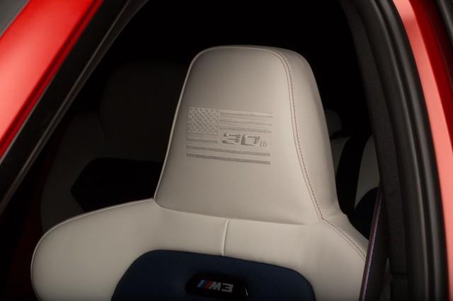 Làm quen với chiếc BMW M3 có một không hai với màu sơn đỏ nhám lạ mắt - Ảnh 9.