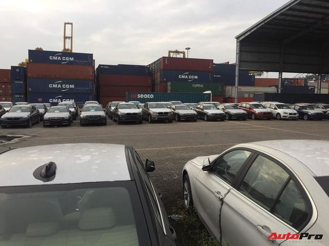 Nóng: Cận cảnh lô xe BMW và MINI đầu tiên của Trường Hải cập cảng tại TP. HCM - Ảnh 5.